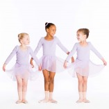 girls in lilac ballet dance