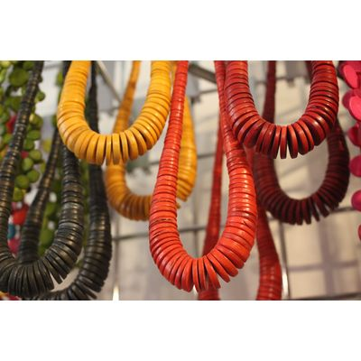 Sustainable necklaces